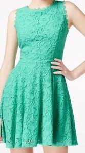City Studio pstel green lace/crotched dress. Sz 13